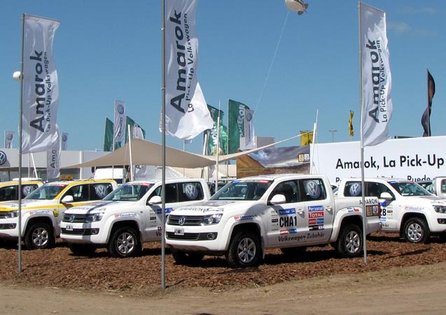 Las Volkswagen Amarok que tomaron parte del Dakar 2011 en Expoagro 2011