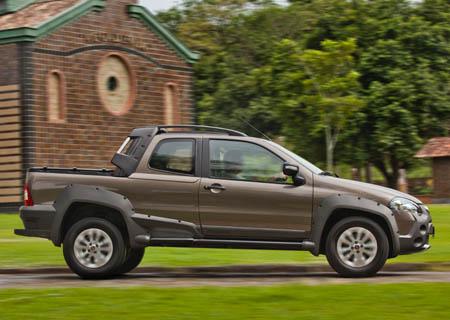 Fiat-strada-adventure