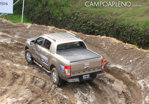 Campo a Pleno - Ford - La Rural 2014 4