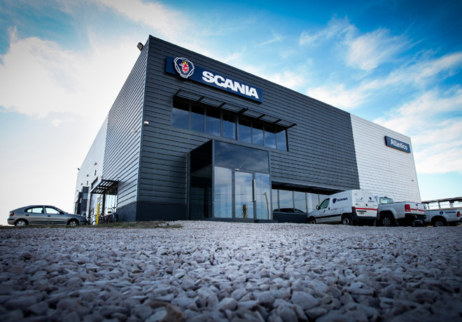Scania-inauguro-oficialmente-las-instalaciones-de-su-concesionario-en-Trenque-Lauquen-1