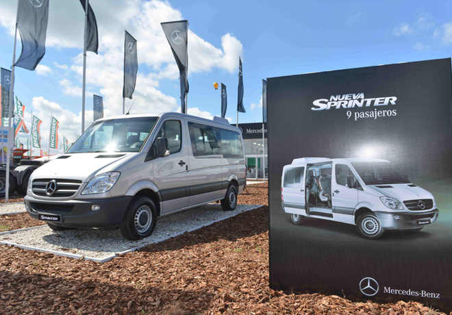 Mercedes-Benz-ExpoAgro-2015-Sprinter-9-pasajeros-1