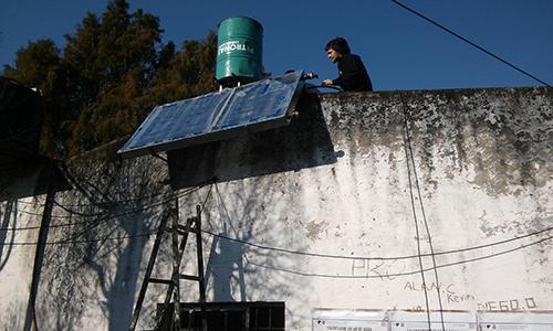 Cómo construir un termotanque que funciona con energía solar.