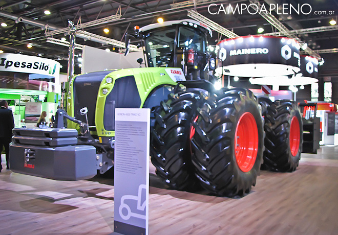 Claas en la Rural 2017 1