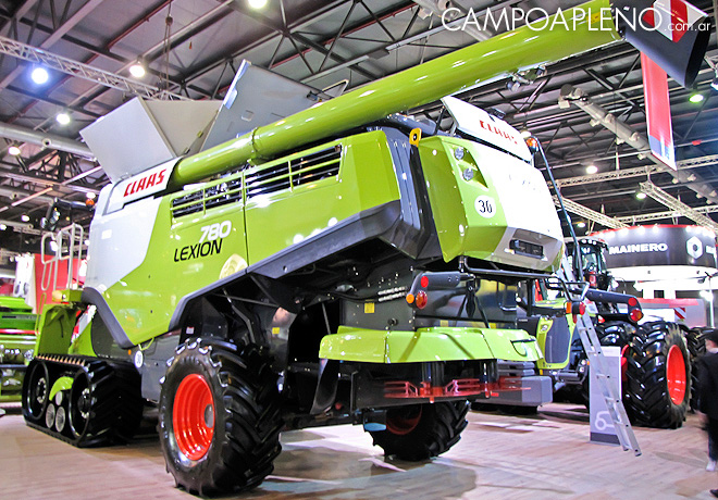 Claas en la Rural 2017 3