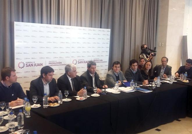 Analizan las cadenas Vitivinicola y Olivicola en la Reunion Regional Cuyo del Consejo Federal Agropecuario