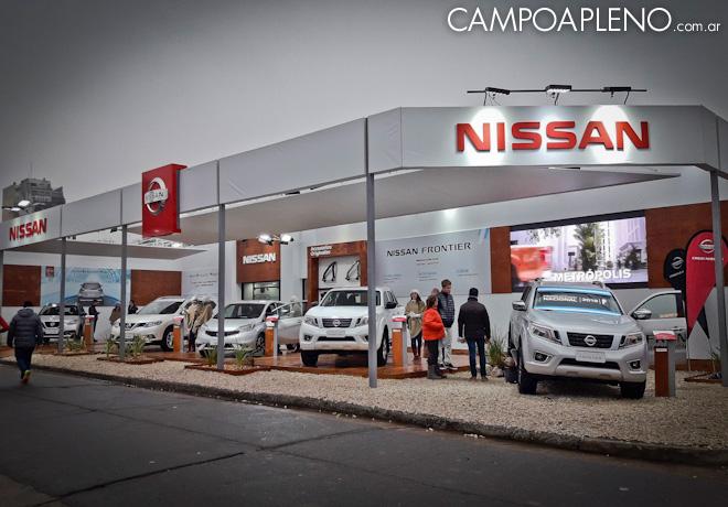 Nissan Frontier muestra toda su fuerza en La Rural de Palermo.