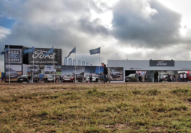Ford-es-la-principal-automotriz-y-el-Vehiculo-Oficial-de-Expoagro-2019-1