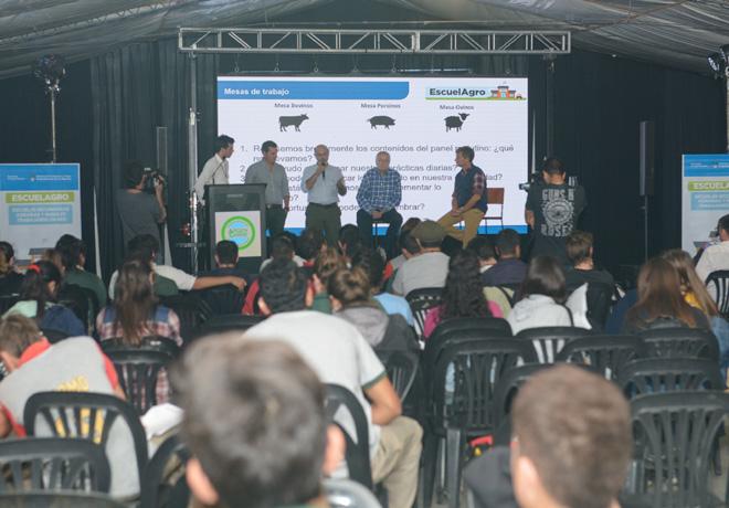 Ganadería ovina y educación agraria, los pilares de la presencia de Agroindustria en ArgenCarne.