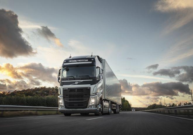 Cursos Virtuales: Volvo Trucks & Buses continúa capacitando conductores a distancia.