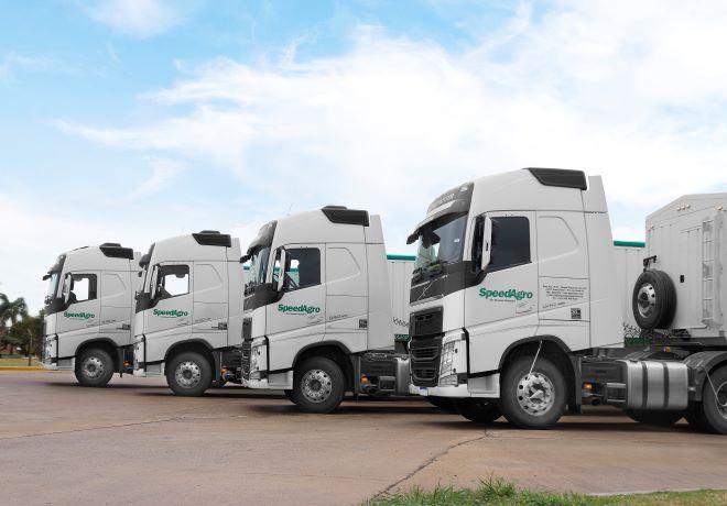 Versatilidad, eficiencia y seguridad: SpeedAgro incorpora 35 unidades Volvo FH 540.